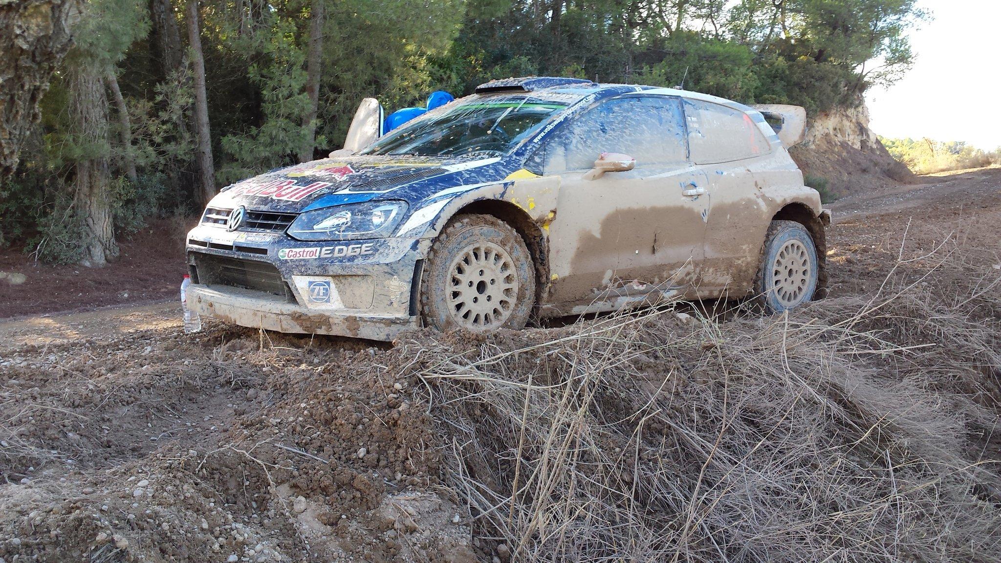 Jari Matti Latvala, problemi alla sospensione anteriore. Foto di PableAre