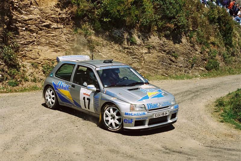 Renault Clio Maxi.