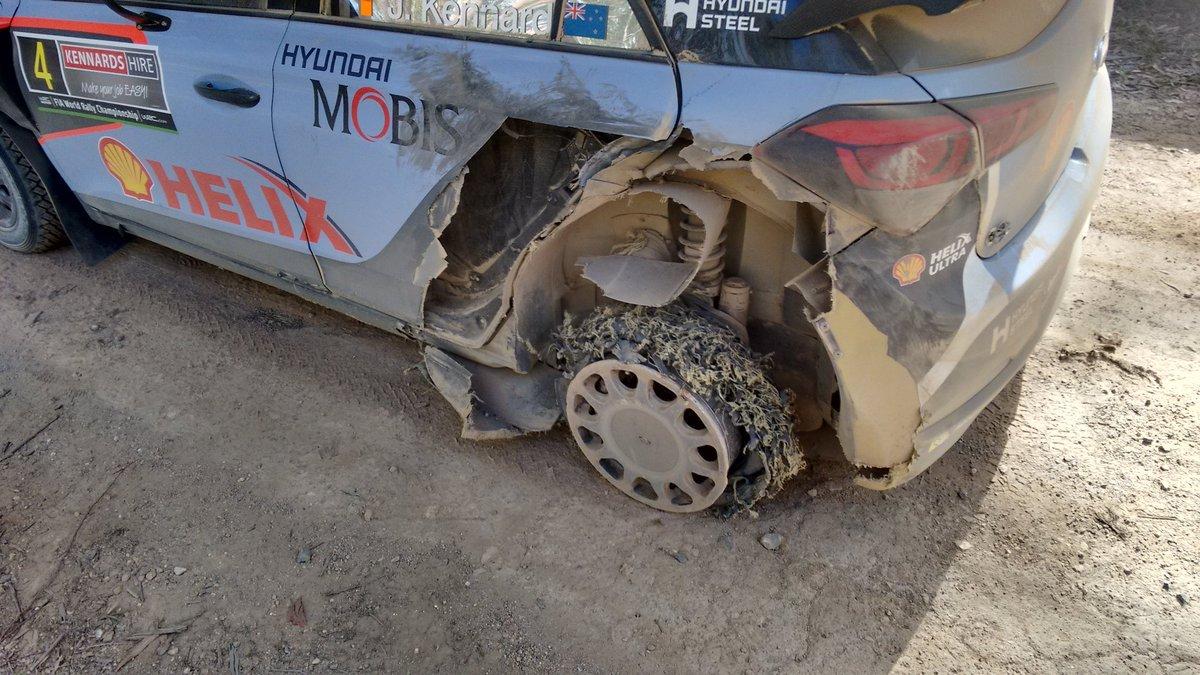 La Hyundai di Hayden Paddon alla fine della PS20