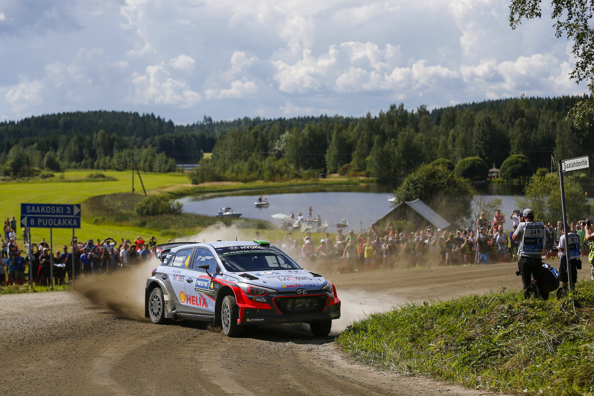 Finlandia, Lappi vede la vittoria. Suninen e Hanninen a ruota